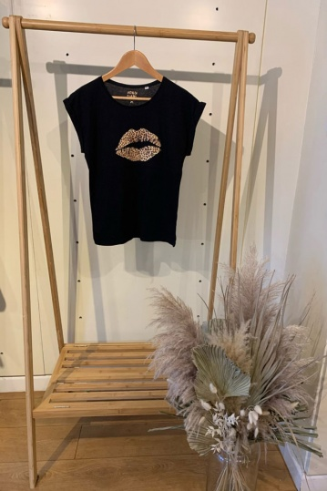 Neon Marl Leopard Lips Tshirt in Black