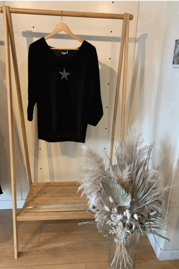 Penny Relaxed V Neck Star Jumper in Black