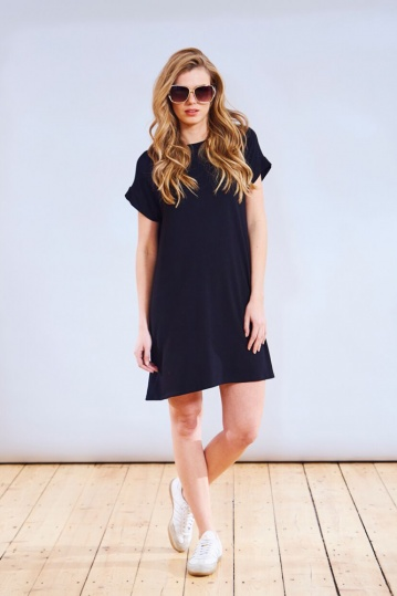 A Postcard From Brighton Trivia Tshirt Dress in Navy