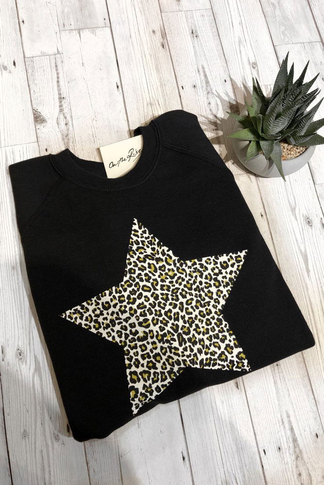 On The Rise Leopard Star Sweatshirt