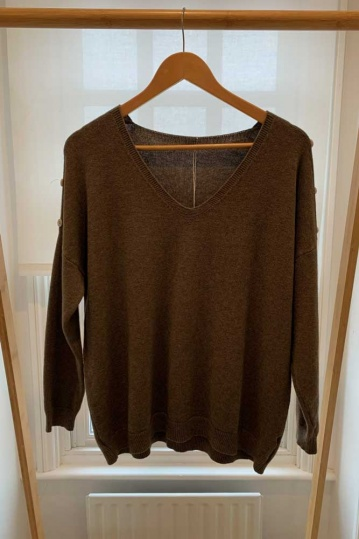 Button V Neck Button Sleeve Jumper in Mocha