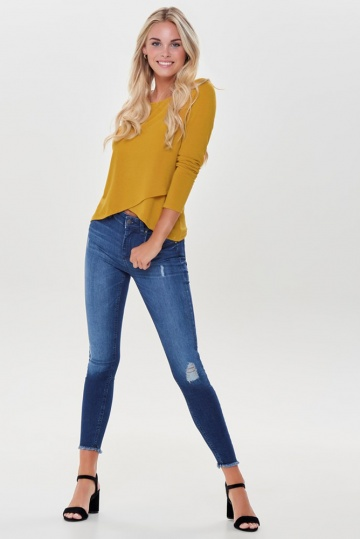 Only Blush Frayed Hem Skinny Jean